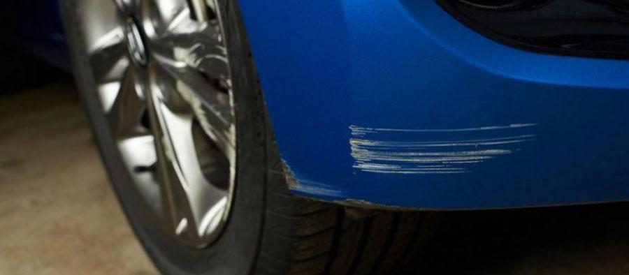 Krassen in de lak van de auto? Lees hoe je krasjes uit autolak moet verwijderen!