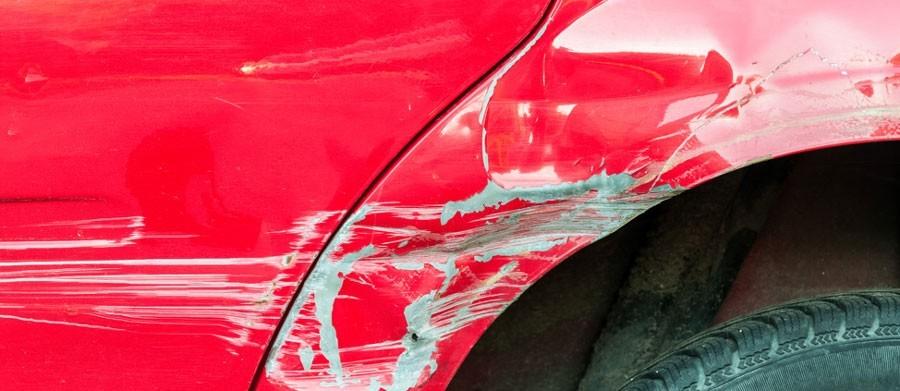 Hoe lakschade zelf herstellen aan mijn auto?